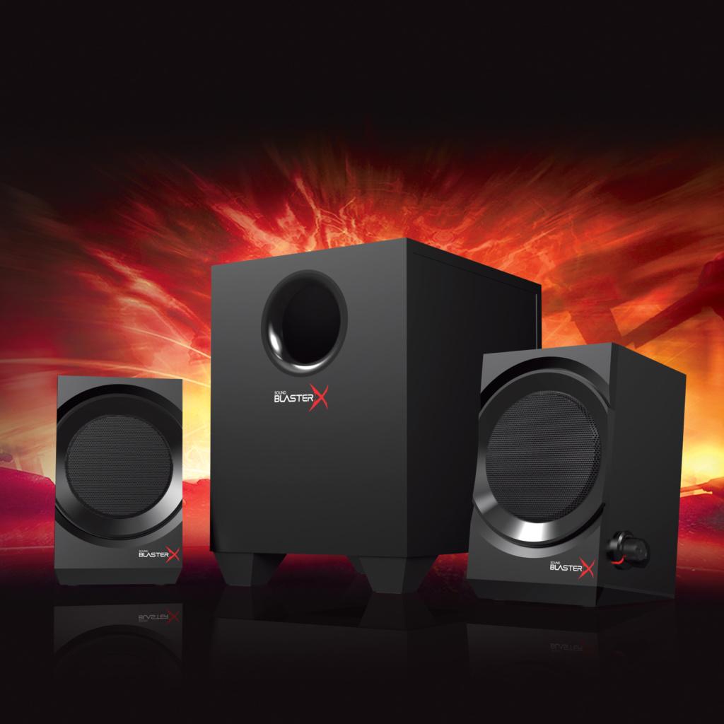 Sound-BlasterX Kratos-Product_MoodShot